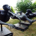 Luciano Minguzzi (1911-2004), nuotatore, 3 pezzi , bronzo