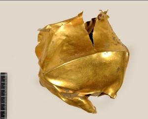 La tazza d'oro dell'età del Bronzo, trovata a Montecchio Emilia