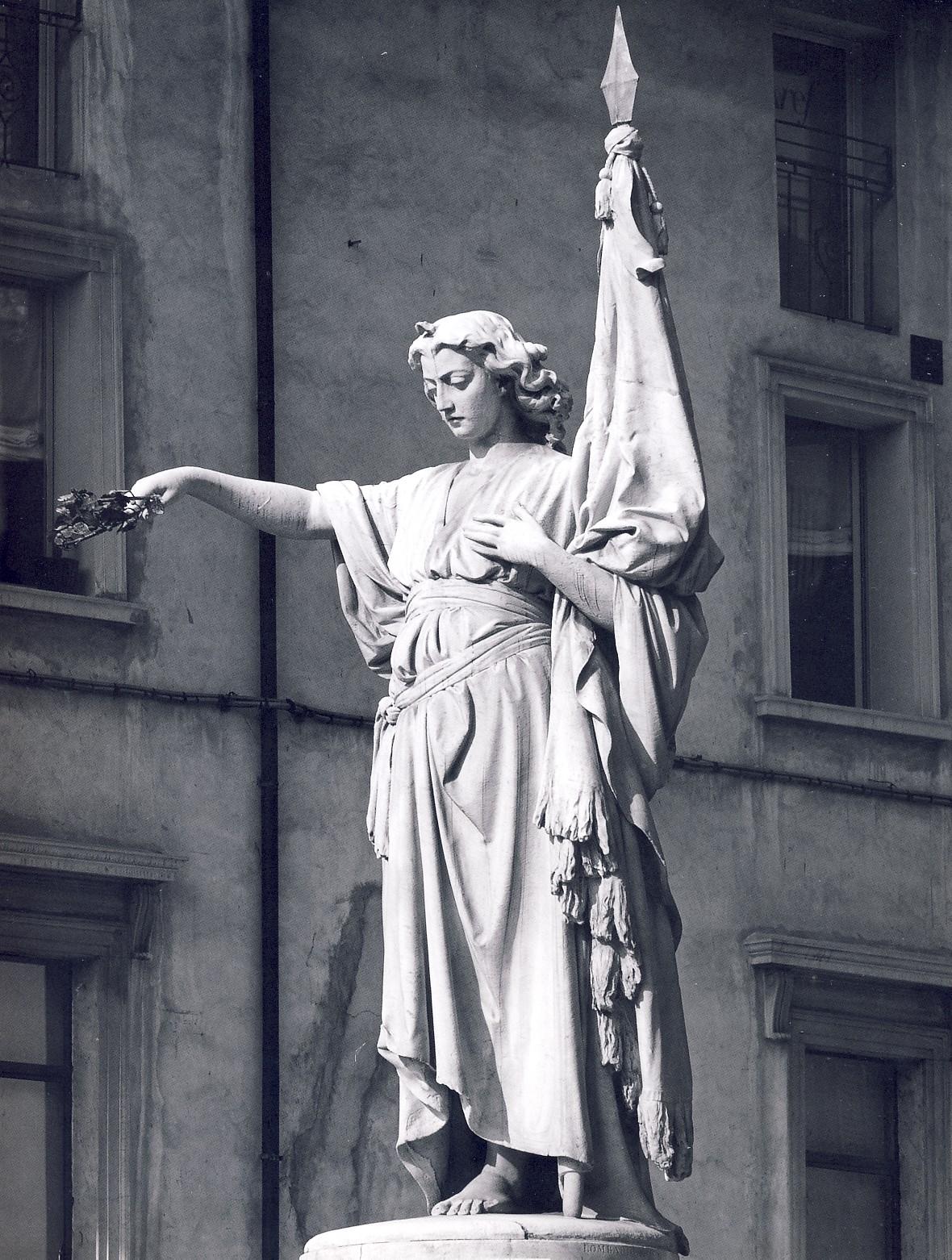 """Monumento ai Martiri delle X Giornate del 1849, noto come """"Bella Italia"""", 1860-64, Brescia, Piazza della Loggia"""