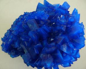 Cristalli di solfato di rame