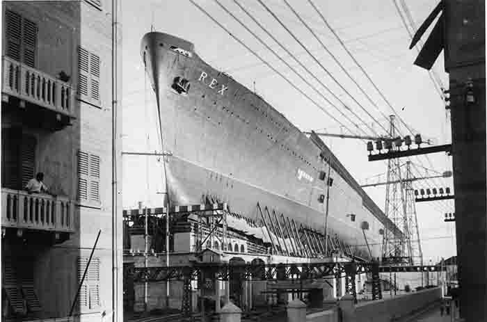 nave passeggeri Rex pronta al varo nel Cantiere Navale di Genova-Sestri Ponente 1931