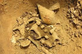 Corredo tombale di un eminente personaggio etrusco