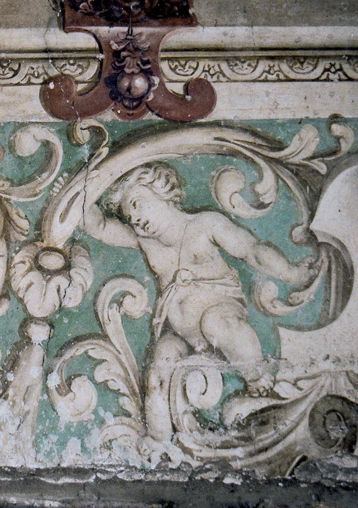 1. Dettaglio di un fregio decorativo del palazzo