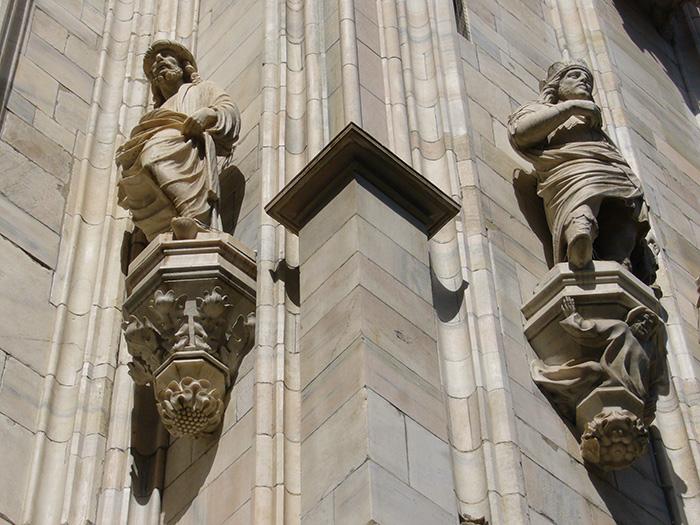 Duomo di Milano, particolare delle statue di facciata