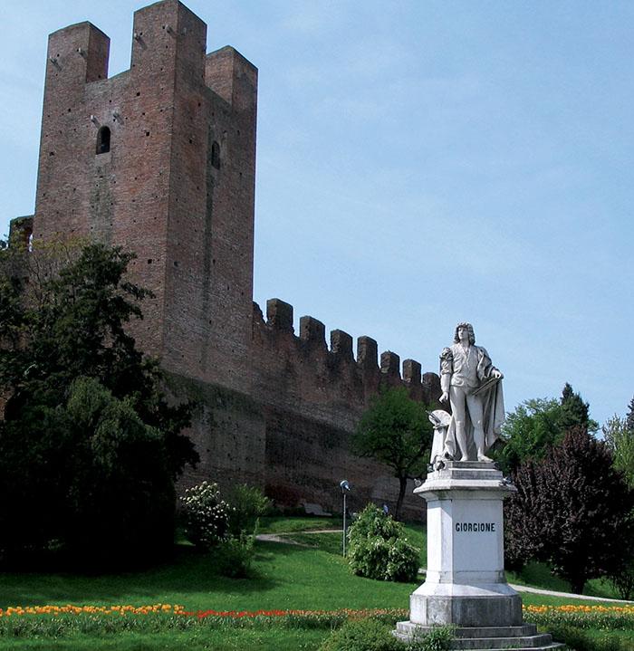 8. Augusto Benvenuti, Monumento  a Giorgione, Castelfranco Veneto