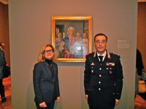 Il Console Generale Natalia Quintavalle  con il Col. Luigi Cortellessa