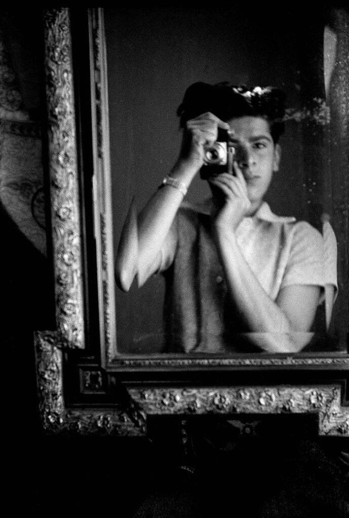 Horvat - self portrait - Lugano 1945