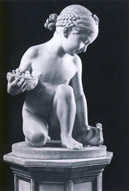 L.PAMPALONI, Fanciulla con tortore, 1833-1847, marmo di Carrara, h.60, l.43, prof. 43 cm, collezione privata