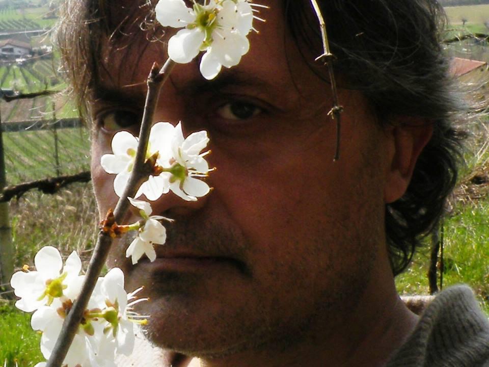 Maurizio Bernardelli Curuz Guerrieri, critico d'arte e direttore del quotidiano Stile arte, fondato nel 1995