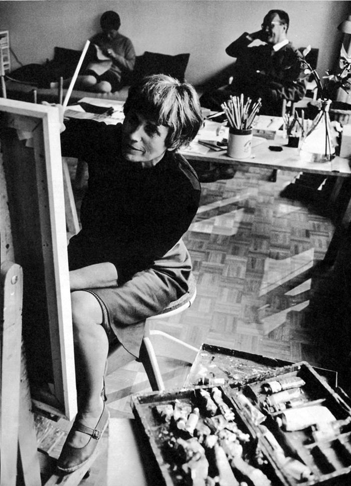 Gisela und Alfred Andersch, mit ihrer Tochter Annette, im Atelier von Gisela Andersch in Basel, 1966 © Alexander Klee
