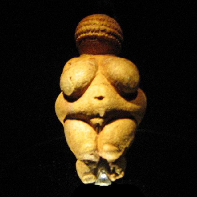 Venere di Willendorf, XXII millennio a.C.