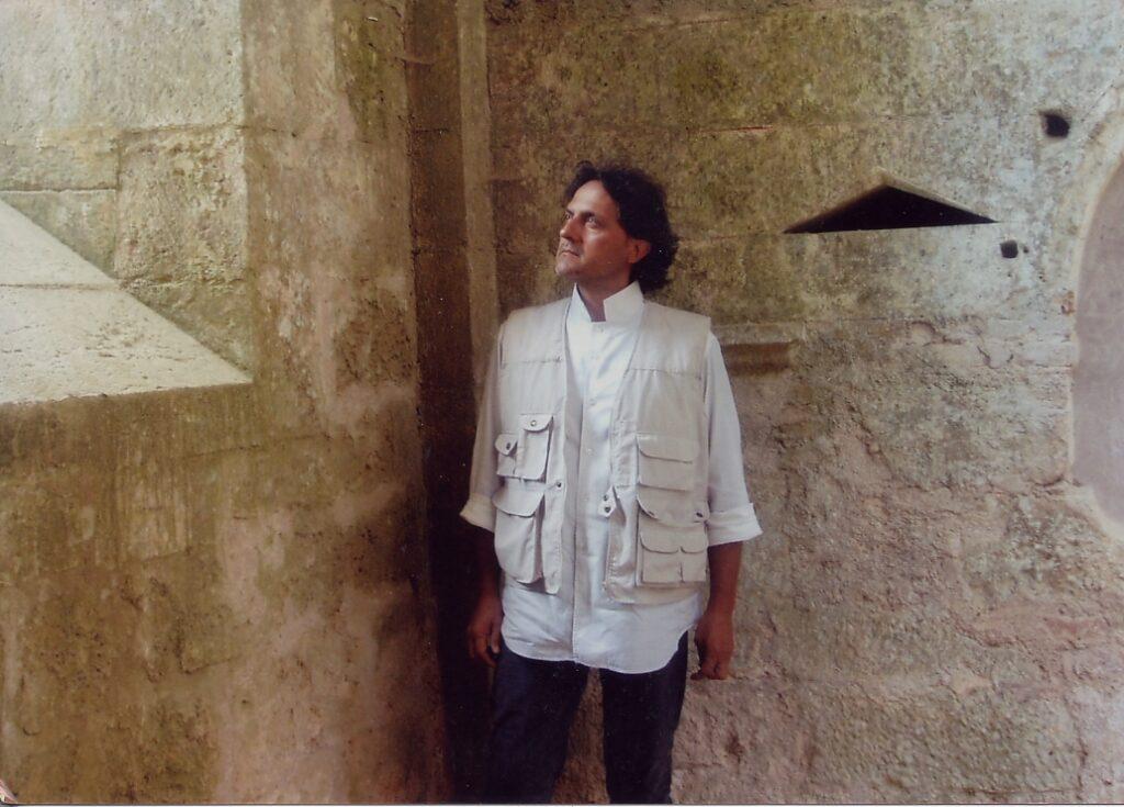 Il critico d'arte Maurizio Bernardelli Curuz, foto di libera circolazione senza copyright