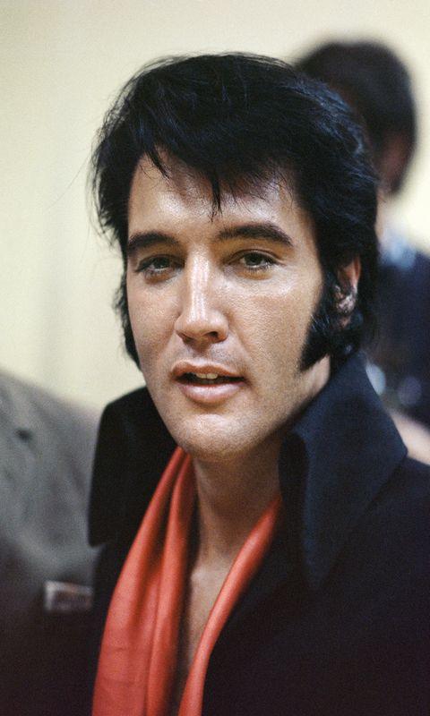 Elvis Presley  Las Vegas, 1971  81 x 58 cm  © Terry O'Neill