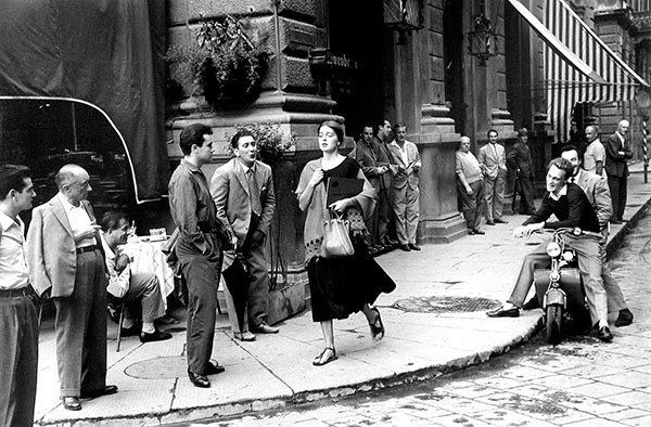 © Ruth Orkin Photo Archive / Courtesy Howard Greenberg Gallery, New York
