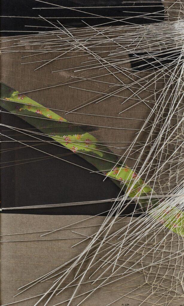 Maria Lai: Asfalto, 1974, collage di stoffe e filo, 100x63x4cm, foto: pierluigi dessì/confini visivi