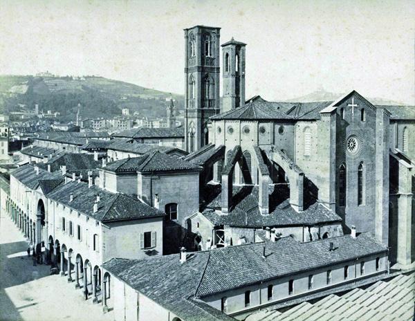 B1-Y262/18  Abside con la 4a Cappella restaurata (Albergati): 22 novembre 1887