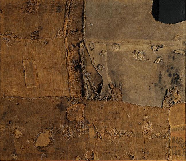 Alberto Burri: Sacco e Verde, 1956; cm.176x203; Sacco, tela, acrilico, olio su tela. (Fondazione Palazzo Albizzini Collezione Burri)