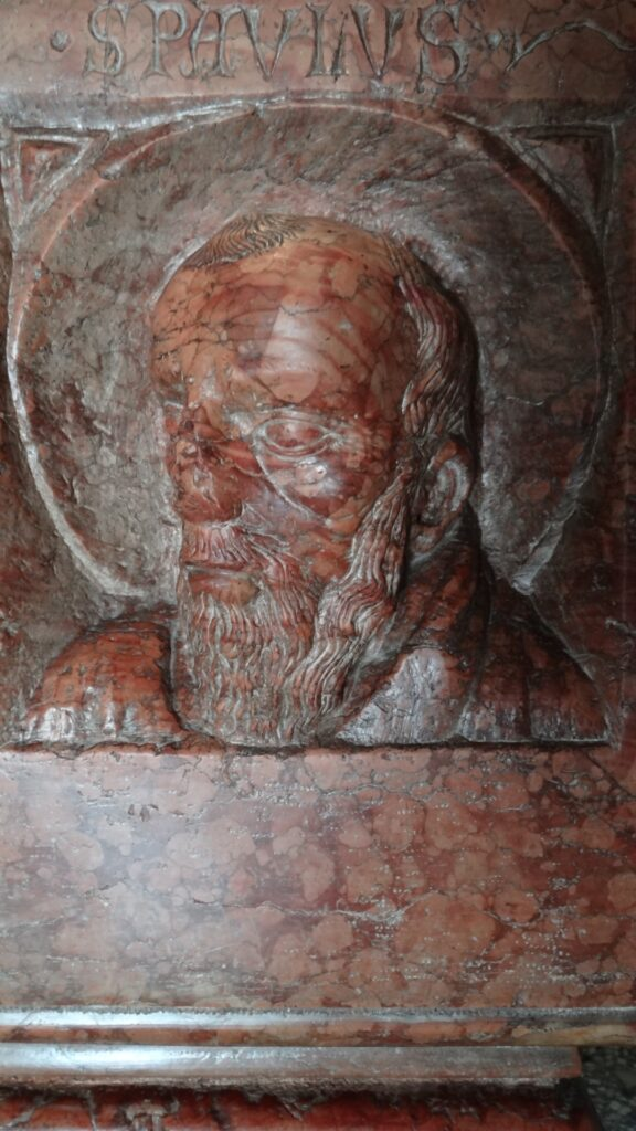 San Paolo. Particolare della Tomba di Berardo Maggi, inizio secolo XIV, pietra di Verona, Brescia ,Duomo Vecchio vecchio o Rotonda