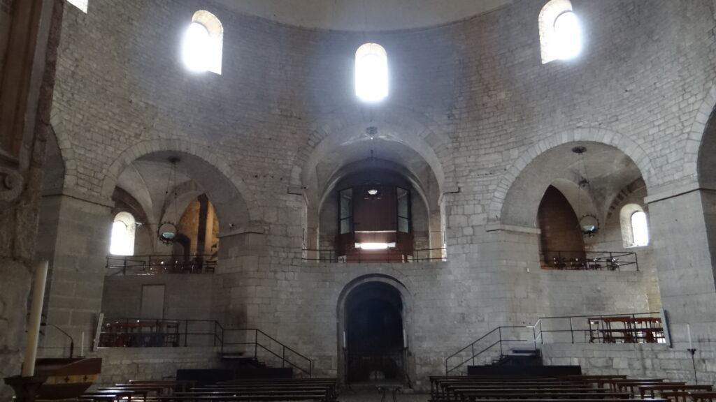 Interno del Duomo Vecchio vecchio o Rotonda di Brescia