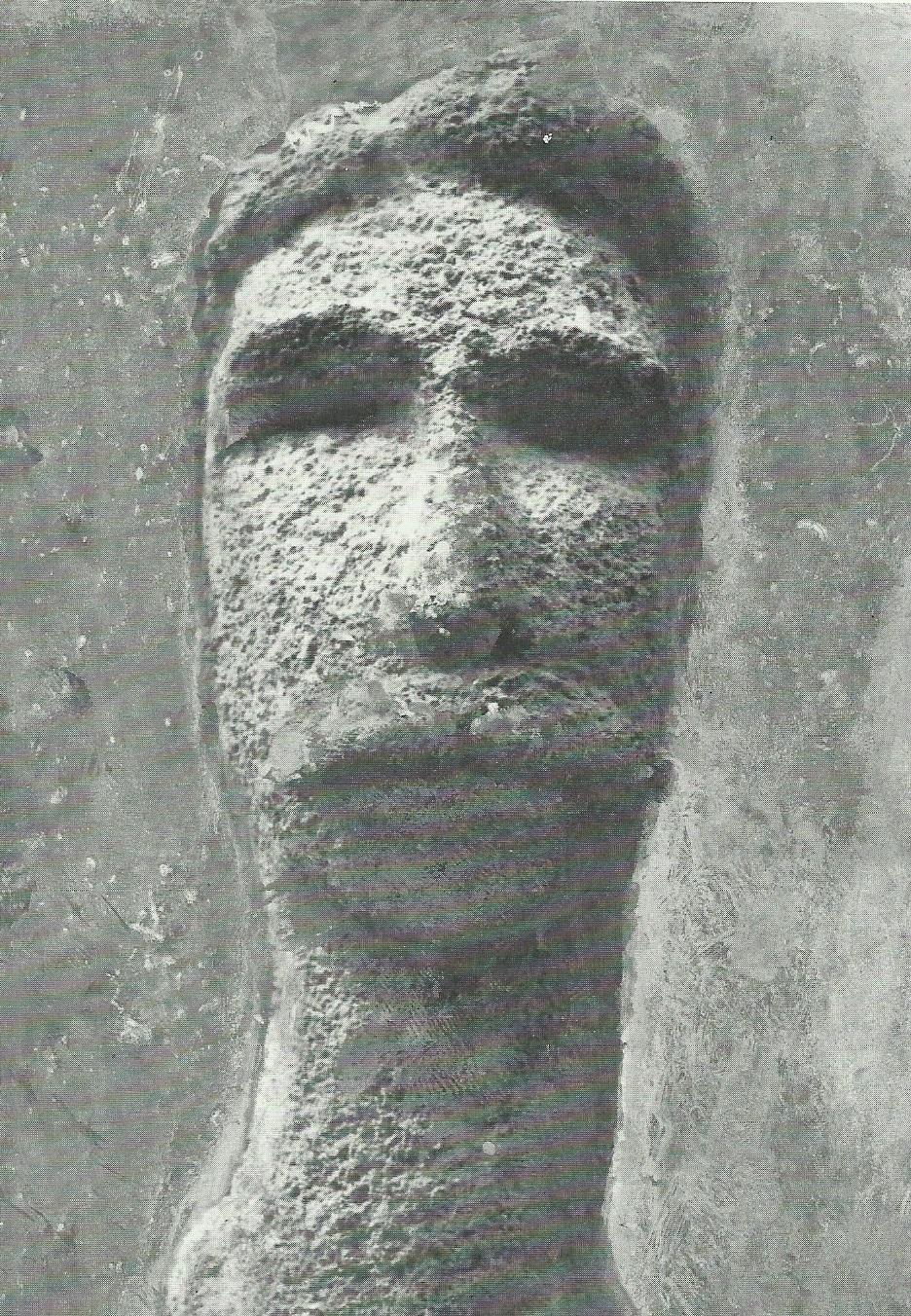Ricordando mio padre (pietra, 1968) (1)