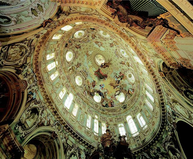 La cupola del santuario di Vicoforte affrescata da Bortoloni