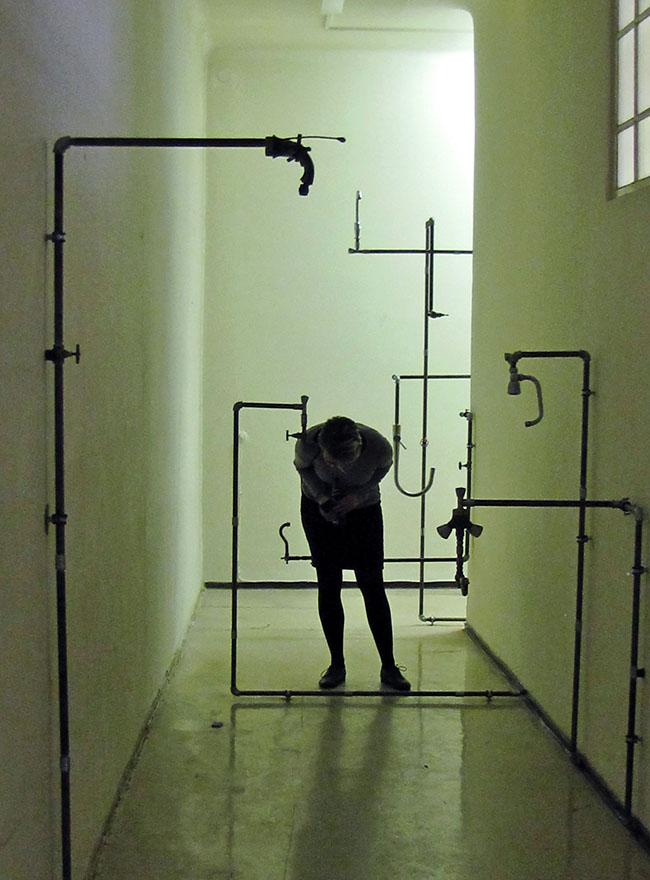 CHARBEL SAMUEL AOUN - Whispering taps, Installation 2014CHARBEL SAMUEL AOUN - Whispering taps, Installazione, tecnica mista, 2014
