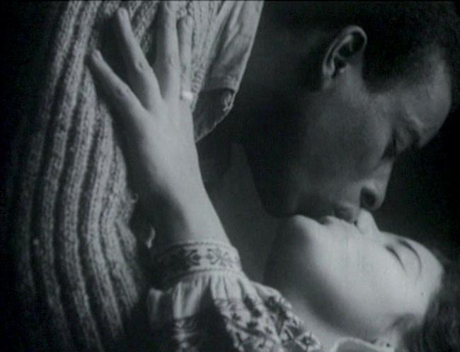 Andy Warhol, frame da Kiss