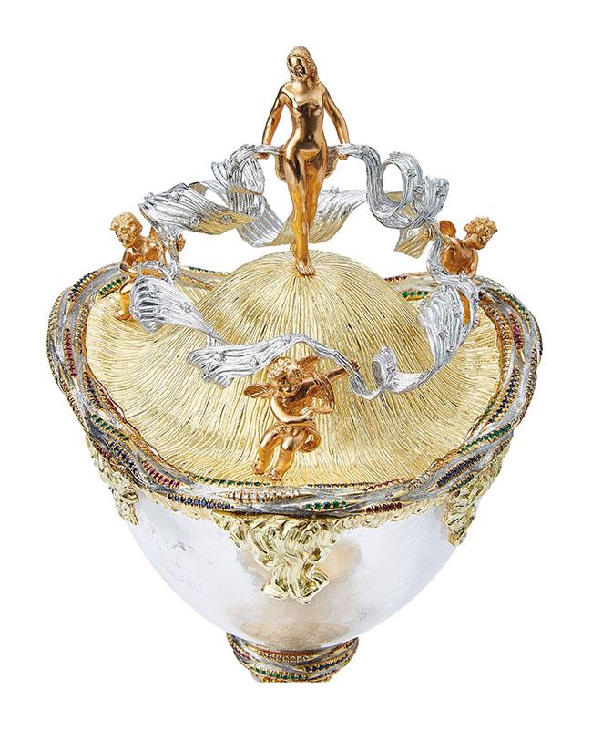 Gianmaria Buccellati, 2012 Coppa dell'Arcobaleno Cristallo di rocca, oro giallo, oro rosa, oro bianco, argento, smeraldi, zaffiri, rubini e diamanti