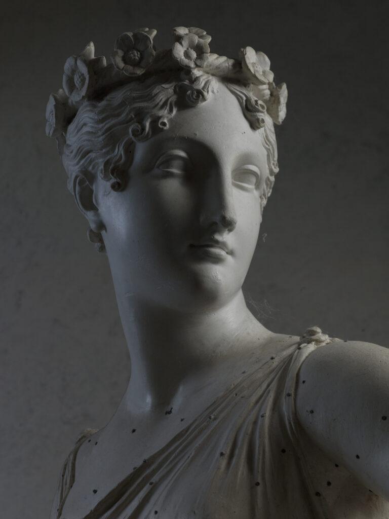 Antonio Canova: Danzatrice con le mani sui fianchi, 1812,gesso,179 x 75 x 67