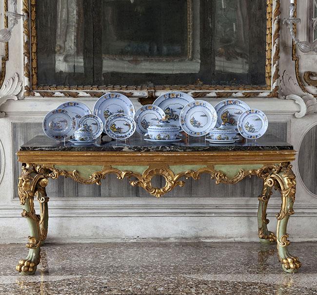 Nove (Bassano), Manifattura Pasquale Antonibon, 1740-1750 Servizio da tavola (198 pezzi) Collezione privata
