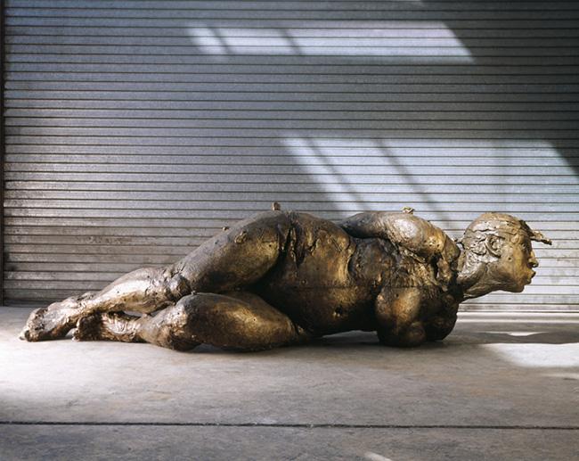 J_Marin Cielo Tierra 2004 bronzo cm 72x262x112