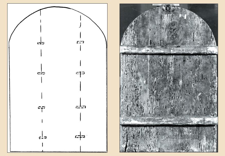 Schema costruttivo con perni lignei inseriti nello spessore delle assi costituenti il dipinto