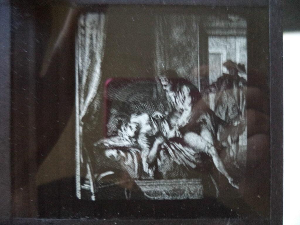 Gli effetti della proiezione di una stampa erotica dalla lanterna magica