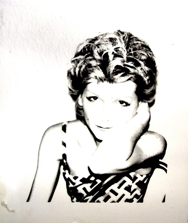 Andy Warhol Marina Ferrero, serie Ladies and Gentleman, 1974 - inedito acetato, cm 36,5x32 - See more at: http://www.irmabianchi.it/mostra/warhol-inedito-le-prime-sperimentazioni-digitali-con-amiga#sthash.7hTdmull.dpuf