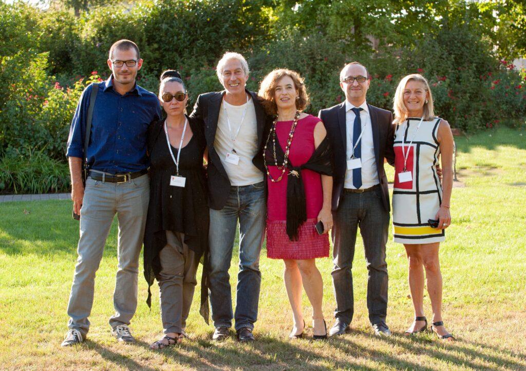 I membri della giuria del premio. Al centro Maddalena Nocivelli e a destra la presidente Silvia