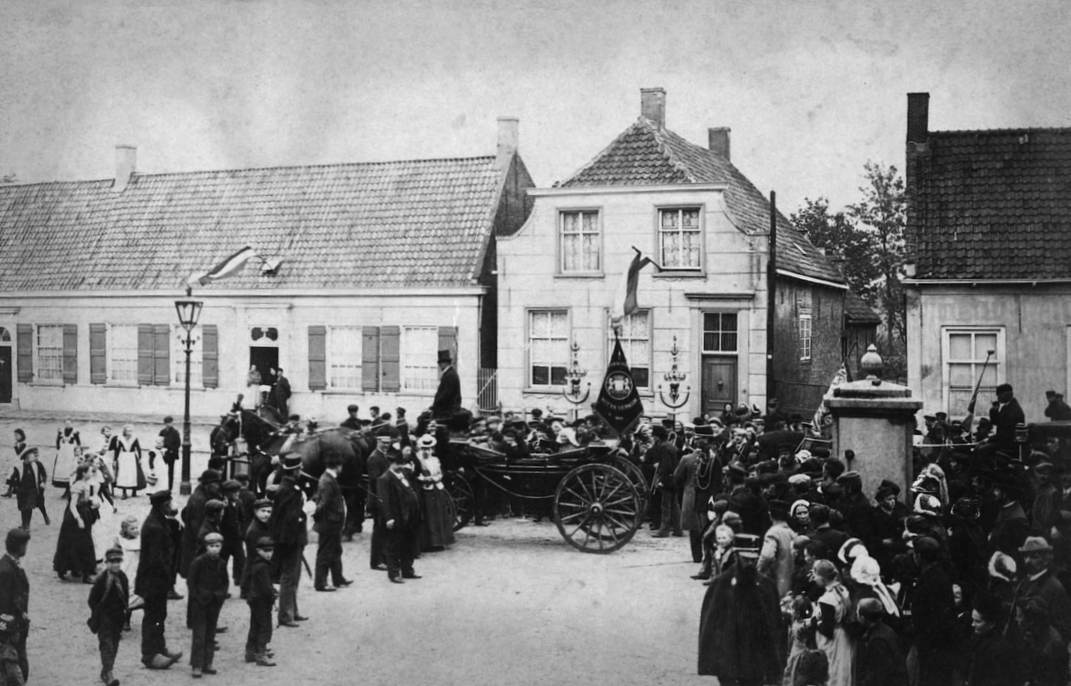 House in Zundert where Vincent van Gogh was born *photograph was taken at a celebration of Jan Lieshout's 100th birthday (no connection with Vincent van Gogh) *09-05-1900