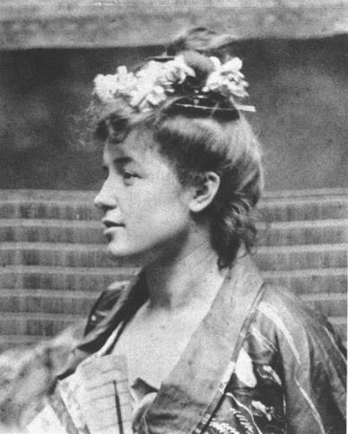 Lili Grenier in una fotografia