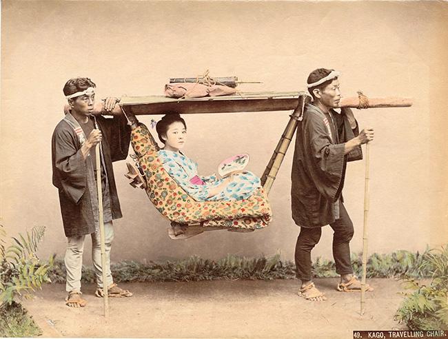 Kusakabe Kimbei, Portantina (kago), ante 1893