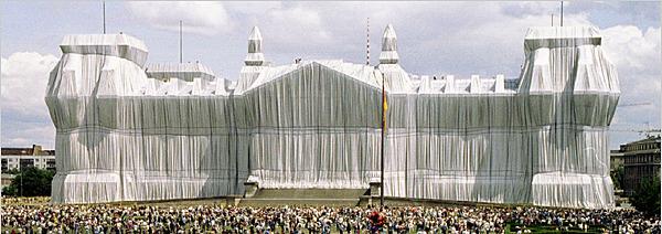 Il parlamento tedesco impacchettato da Christo