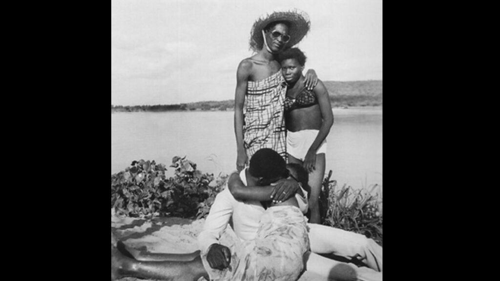 L'artista documentò i desideri di modernità dei giovani del Mali, tra gli anni Sessanta e gli anni Settanta, documentando anche le tradizioni più profonde del proprio Paese