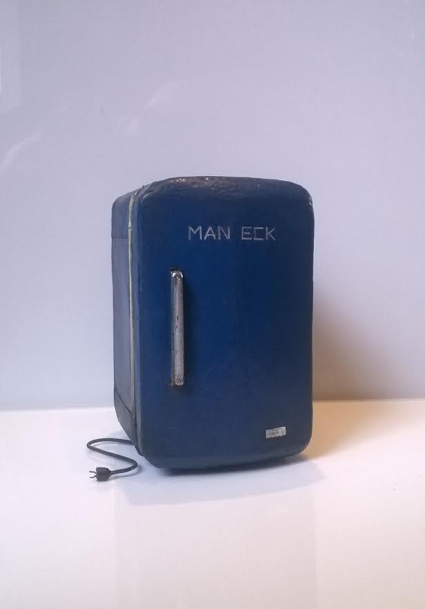a man eck 2