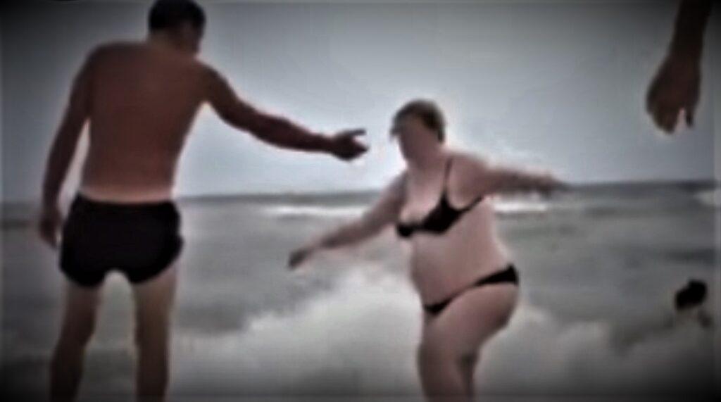 a mamma spiaggiata