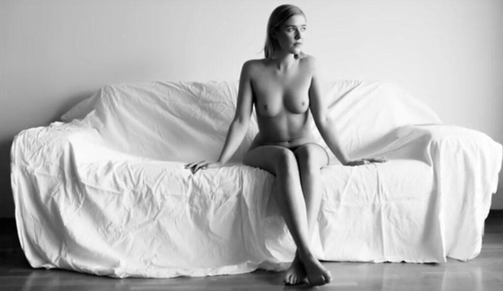 a nuda