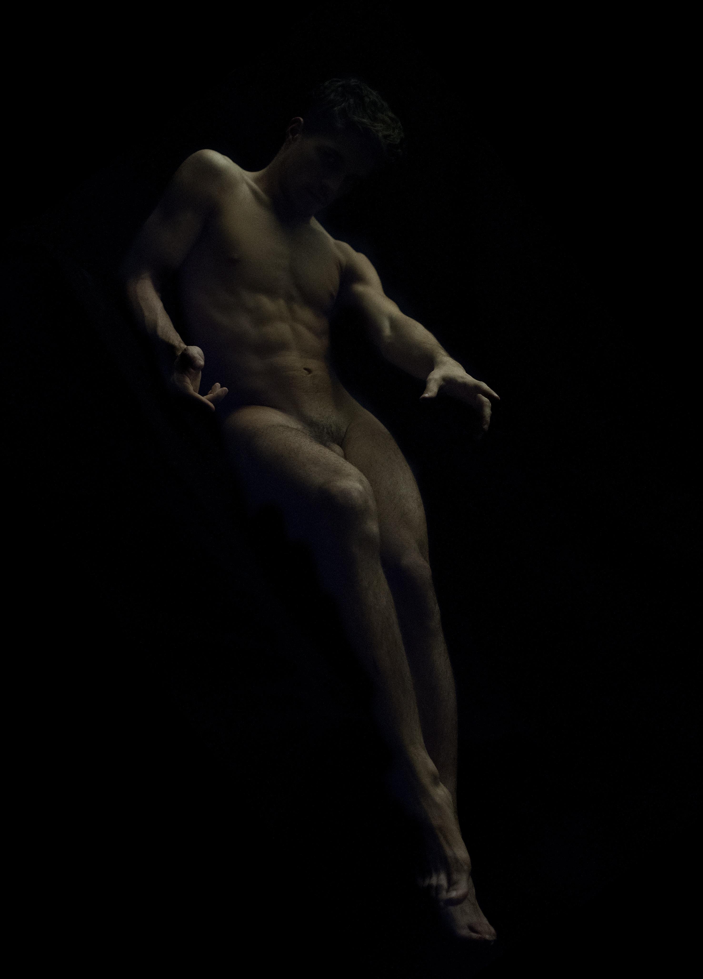 a Ronald Martinez, Nu Divin n. 18, Fotografia. Courtesy 29 Arts in Progress, Milano