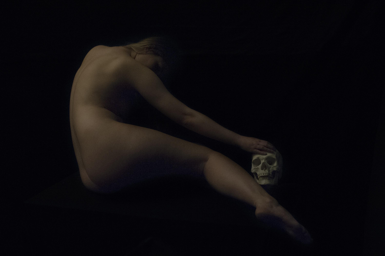 a Ronald Martinez, Nu Divin n. 6, Fotografia. Courtesy 29 Arts in Progress, Milano