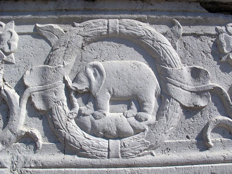 Elefante in un bassorilievo del Tempio malatestiano di Rimini